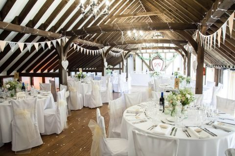 fitzgerald-photographic_blackstock-barn_jemma-and-alex_reception